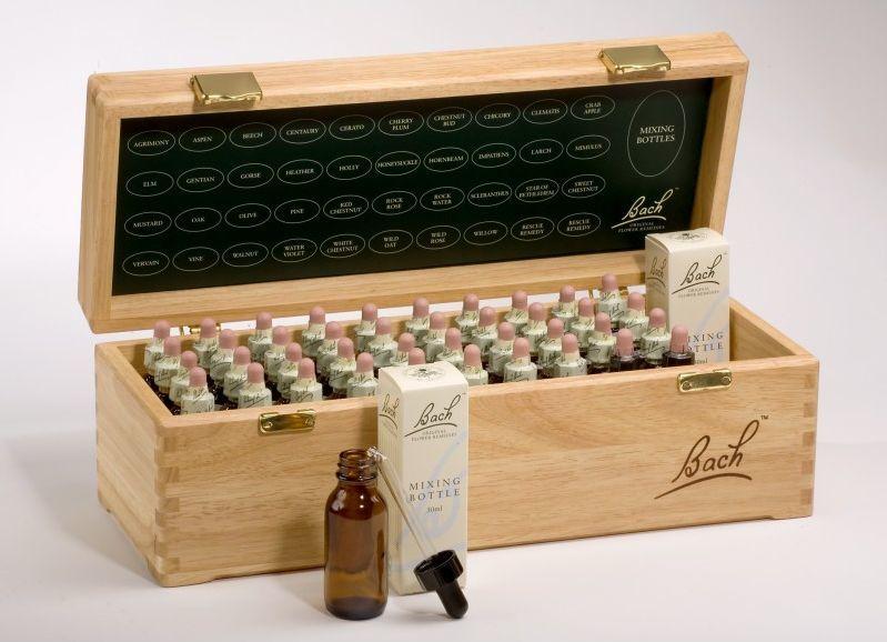 Bachovy esence - kompletní set vdřevěném boxu